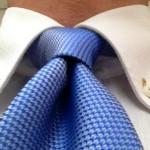 ネクタイの結び方 くぼみ(ディンプル)が消えない簡単な締め方